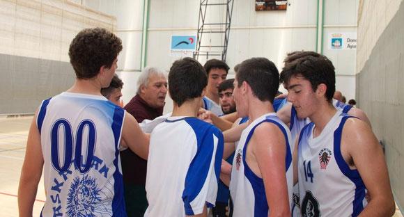 El equipo es una piña, algo que se demuestra cada vez que salen a la cancha. (Foto: Jacinto SUÁREZ)