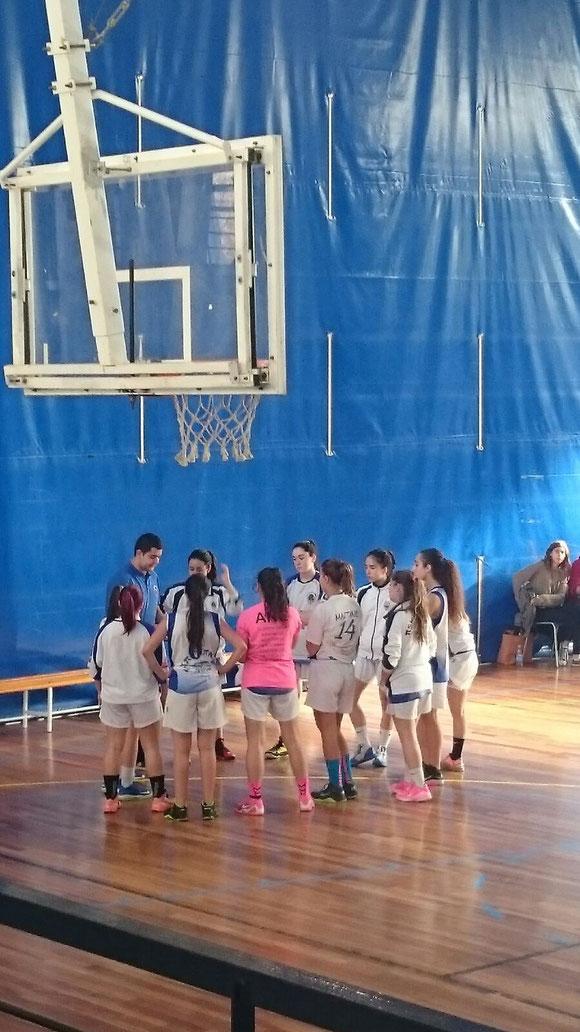 Las juniors tuvieron un difícil partido ante el Añorga. (Foto: Nagore Bastarrarena)