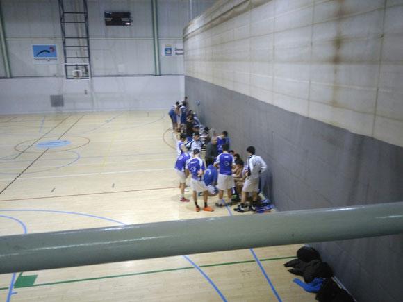 Los chicos del Junior de Rendimiento jugaron un partido serio ante un buen rival. (Foto: Beñat ARNAIZ)