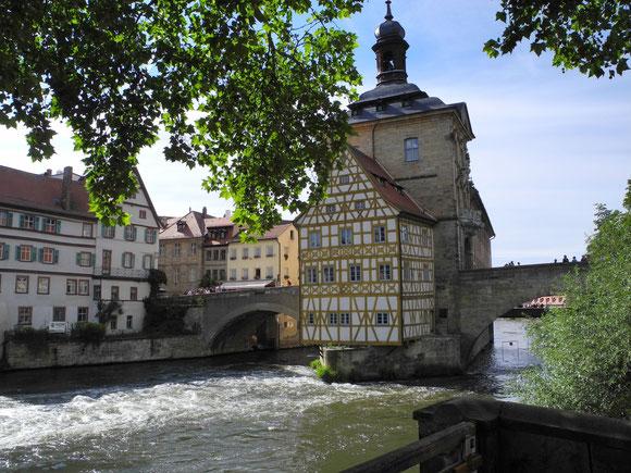 _by_Jens Rasch_pixelio.de Blick auf das alte Rathaus