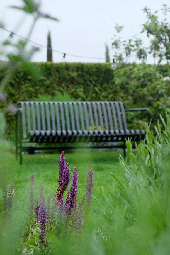 dieartigeGARTEN - Garten-Lounge-Sofa Palissade von Hay - in Anthrazit
