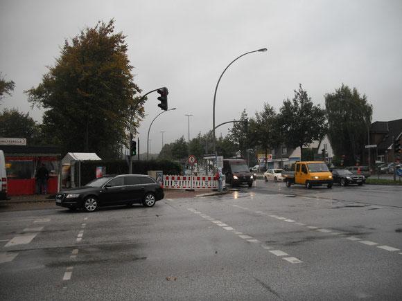 Was stehen denn da für Schilder auf der anderen Straßenseite? Wie komme ich denn hin, wo ich hin möchte?
