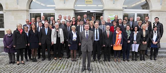 Retrouvez l'ensemble des élus du Conseil départemental de la Manche en cliquant sur l'image