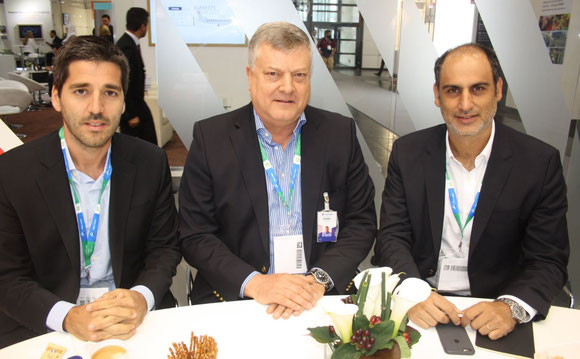 From l > r: LATAM Cargo exects Gabriel Oliva, Guido Henke, Andrés Bianchi  -  photo: hs
