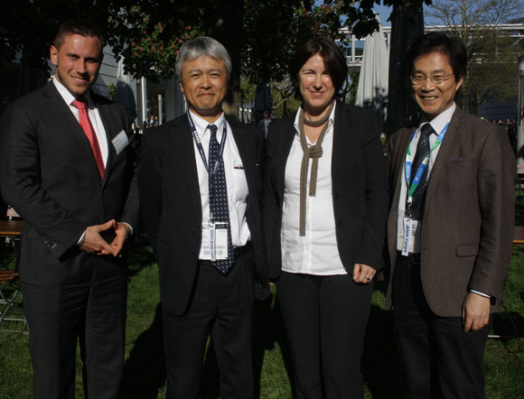 Celebrated their partnership at Munich-held Air Cargo Europe (l > r): Feliks Wandt, LH Cargo, Kiyohisa Nakazawa, ANA Cargo, Annette Kreuziger, LH Cargo, Hiro Murai, ANA Cargo  -  picture: hs
