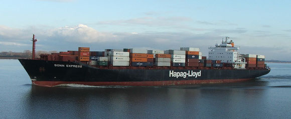 1,200 TEU vessels alike the Bonn Express will operate the EAS route as of April – courtesy: H-L