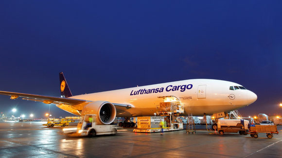 LH Cargo and ground handler Fraport Ground Services prolonged their cooperation
