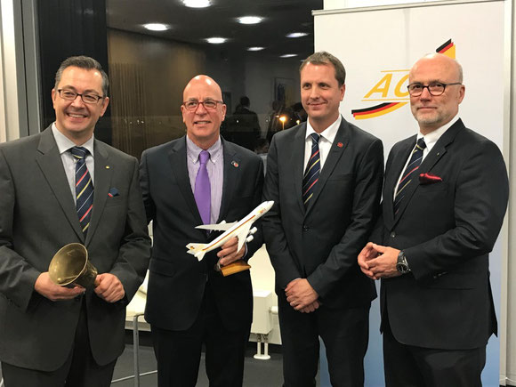 L to R: Mathias Jakobi ACD President  /  Tim Strauss, V.P. Cargo Air Canada  /  Michael Sauer, Air Canada Manager Cargo Sales Germany and Northern Europe  /  Christoph Papke, ACD