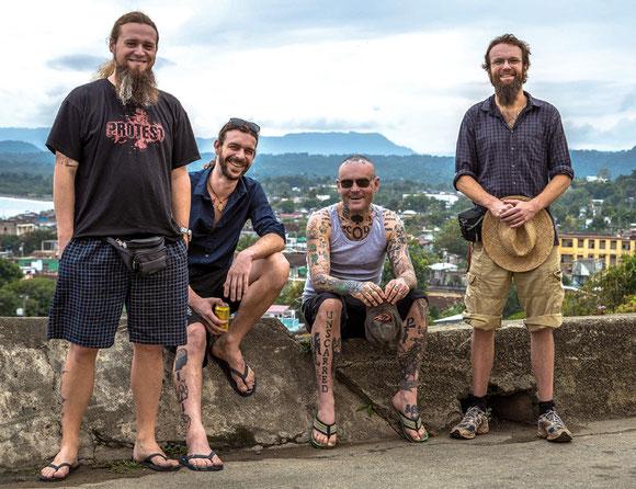Gegen den Mainstream: Die Hardcore-Band Cor von der Insel Rügen lässt sich vom Establishment nicht vereinnahmen und rockt gegen politisches Versagen und gesellschaftliche Mißstände an. Foto: Promo