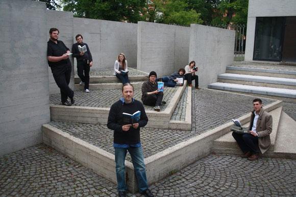 Das Team rund um das LiteraPur 13 Festival in Eichstätt