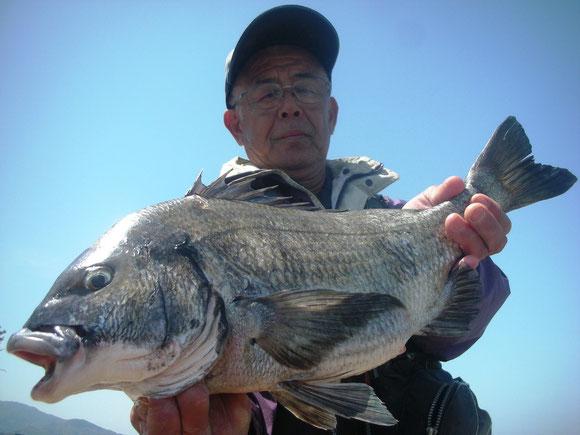 吉光 栄二さん 54.3㎝