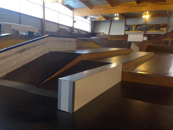 THE EDGE Skateark Design & Construction - Skatepark indoor - LE SPOT Le Mans