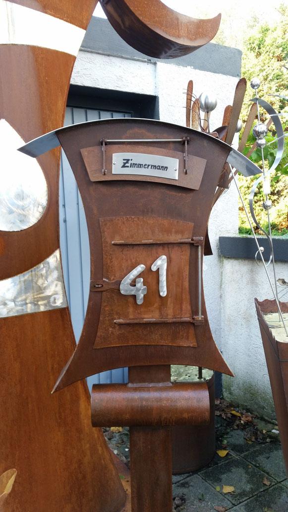 Kundenauftrag:Briefkasten aus Edelstahl u.Stahl.