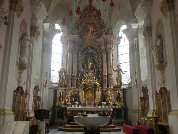Unseren Pilgersegen holen wir uns in der Pfarrkirche in Sillian