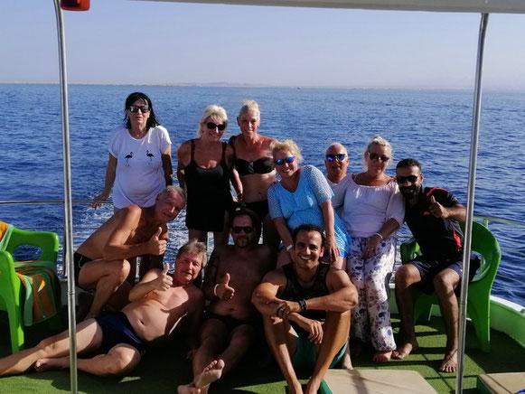 von l. n. r.: vorne: Andi, Richi, Markus, Achmed hinten: Riki, Gaby, Susi, Helga, Urs, Gaby
