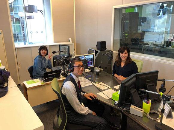 ムーちゃんのまえばし創業カフェラジオに出演するふくろう事務所代表の山田