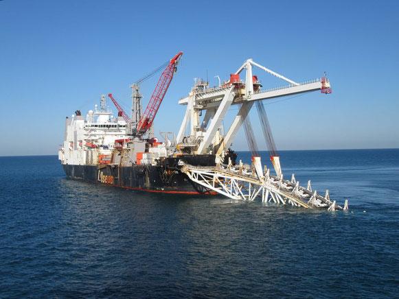 La nave posatubi di Audacia © gazprom.ru