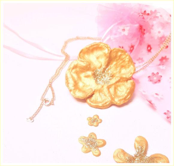 Blume von Dein Schmetterling by SK in Gold&Glitzer, mit LIebe und handgemacht, Schmuck, Halsketten, Armbändchen und Kunst