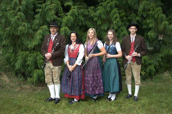 Klarinetten:  Clemens Engelhardt, Carolin Rehm, Christina Baierlipp, Theresa Müller,    Mark Müller