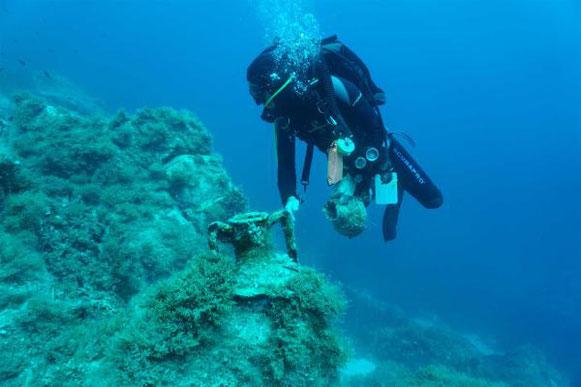 Exploration sous-marine à Délos
