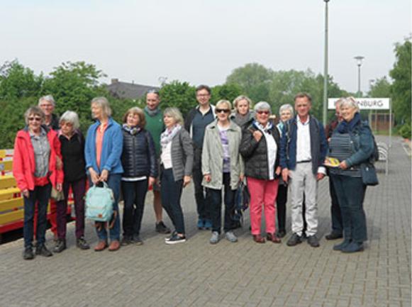 Ausflug mit den Ehrenamtlichen und ihren Partnern: Bahnhof