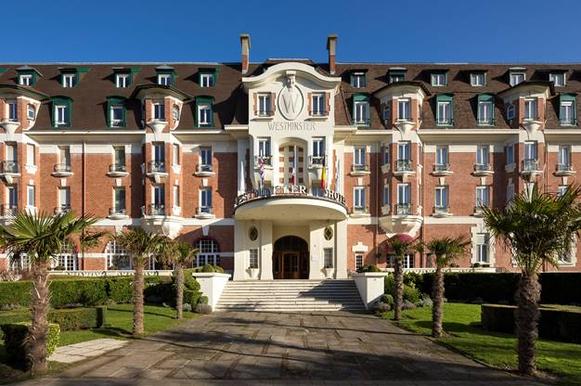 """l'Hôtel mythique """"Le Westminster"""" ferme dès le 1er décembre 2019 pour rénovation"""