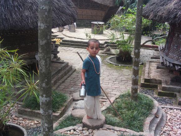 Mantra Yoga ashrama Maun Van Rishikesh