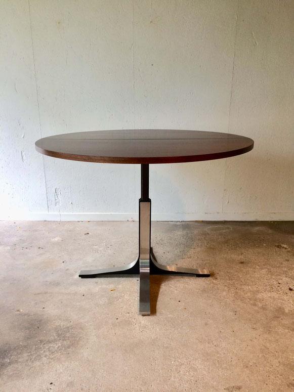osvaldo Borsani, table modulable, table monte et baisse, table ajustable, table vintage, table ronde