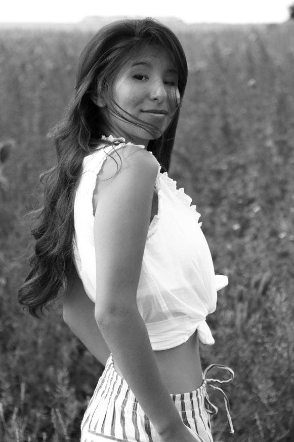Summer Outfit, Nature,  Carmen Schubert