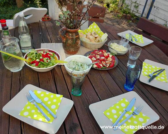 Grillen im Garten, Grillen ohne Plastik, Salate zum Grillen, schnelle Küche, Kraftquelle