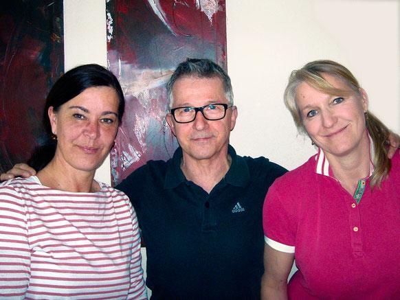 Praxisleitung Andrea Barke und Bianka Jakobs  mit Senior Partner Klaus Gunkel