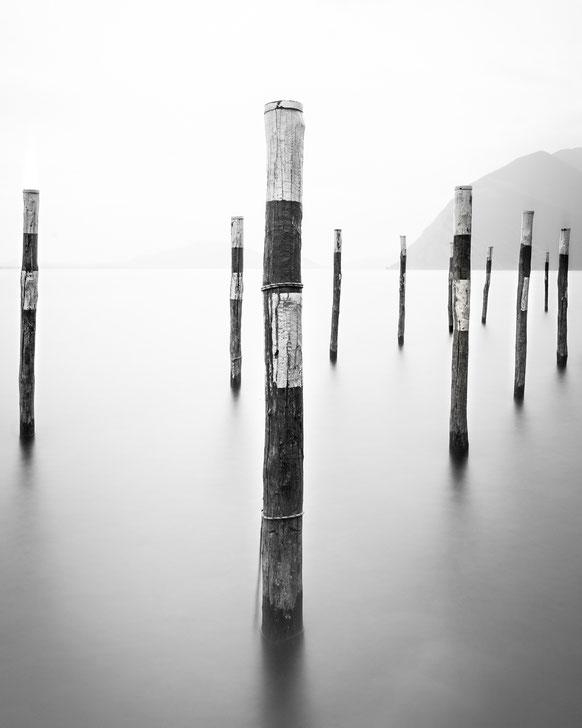 Calmness at Lago d'Iseo :: Copyright Martin Schmidt, Fotograf für Schwarz-Weiß Fine-Art Architektur- und Landschaftsfotografie aus Trier