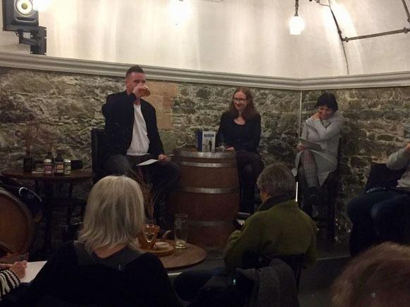 17. November 2019: Buch und Bier in der Lokal Bar in Bülach