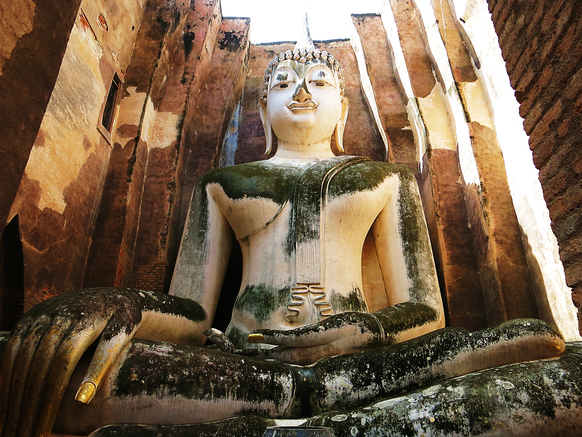 Die Buddha-Figur Phra Achana im Wat Si Chum