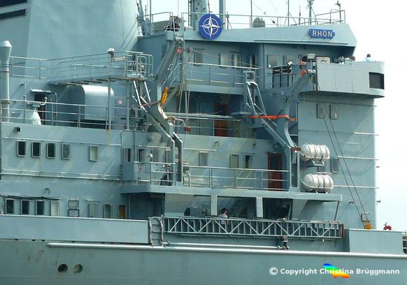 Marinetanker RHÖN, Davits nach Bootsunfall