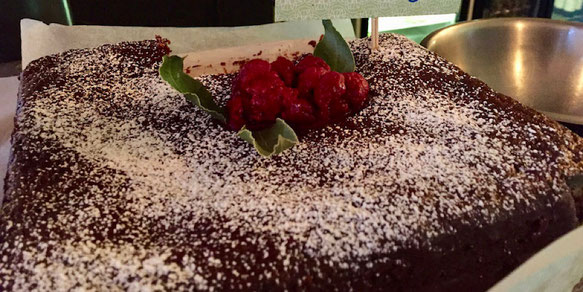 vegan chocolate cake milgi
