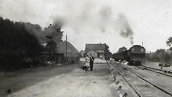 Als hier noch Dampflokomotiven verkehrten: die Ladestraße in den Anfängen (Foto: Geschichtswerkstatt)