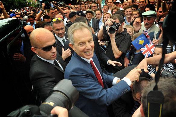Tony Blair au Kosovo (juillet 2010)