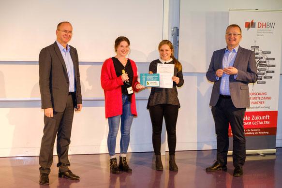 Sieger im Best Poster Award: Verena Griesbaum und Cornelia Weigold, Photo: Claudia Drescher