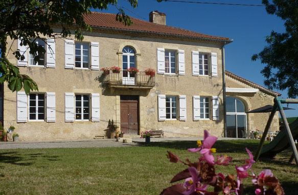 Location de Vacances à Vic-Fezensac dans le Gers, dans la nature, au repos, calme, tranquillité