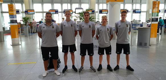 Foto von links: Vuk Vuksanovic (Trainer), Paul Bongartz, Aleks Sekulic, Maximilian Rompf & Colin Hess