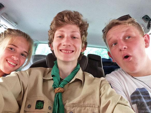 Auf dem Weg nach Norwegen: Felicia, Konrad und Felix.