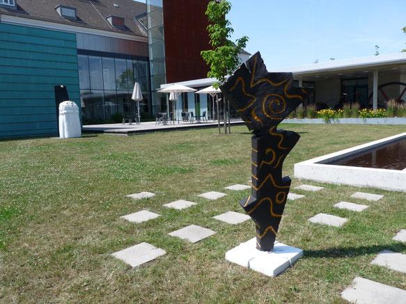 Lustwandel der Pandora -  hier vor dem Stadtmuseum Schwabach 2012  Skulptur aus NonaD