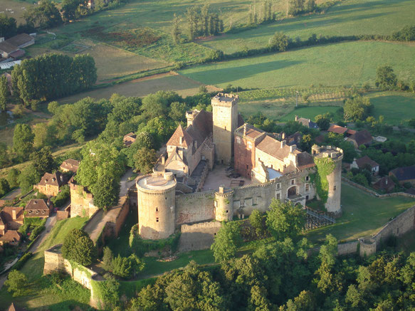 The castle of castelnau close to the Cuvier of Saint Martin