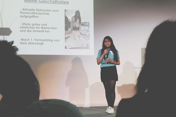 Dielzos bei ihrer Abschlusspräsentation, Futurepreneur