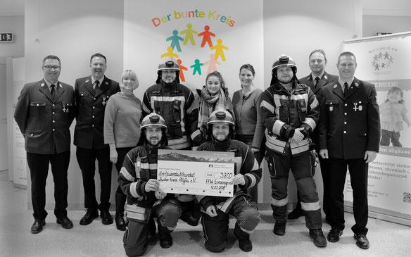 S12.02.2020 Spendenübergabe Freiwillige Feuerwehr Ermengerst an den Bunten Kreis Allgäu
