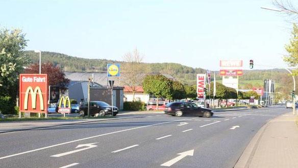 Einer der wenigen Momente an der jetzigen Umgehungsstraße in Lauterbach, in denen der Verkehr relativ ruhig ist.
