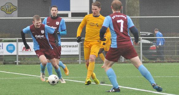 Allein unter Papenburgern: Christopher Appeldorn krönte seine gutes Testspiel-Leistung mit dem VfL-Führungstreffer.