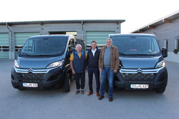 Übergabe der neuen CITROËN Jumper Schulbusse an die Gemeinde Rohrdorf