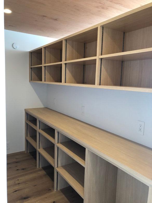 キッチン収納 カップボード 飾棚
